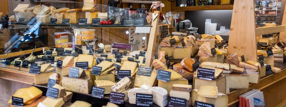 Käse Abt auf dem Pasinger Markt, Foto: Anette Göttlicher