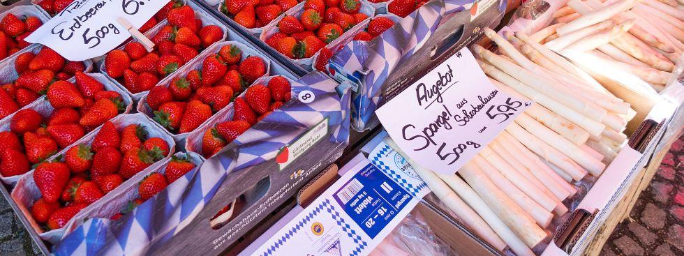 Spargel und Erdbeeren, Foto: Anette Göttlicher