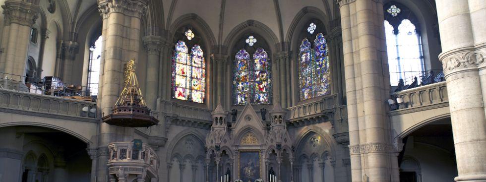 Innenraum der Kirche St. Lukas in München, Foto: Ivakoleva / Shutterstock.com