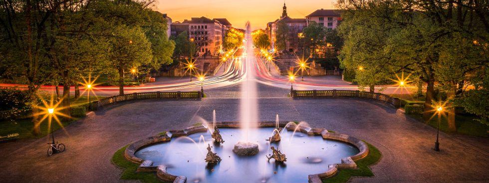Ausblick vom Friedensengel bei Nacht