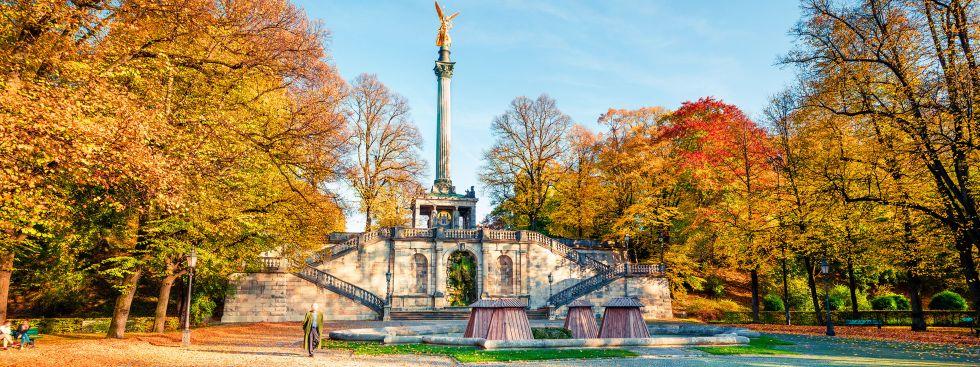 Friedensengel im Herbst