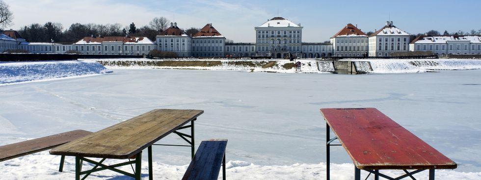 Archivbild: Schlosskanal Nymphenburg gefroren
