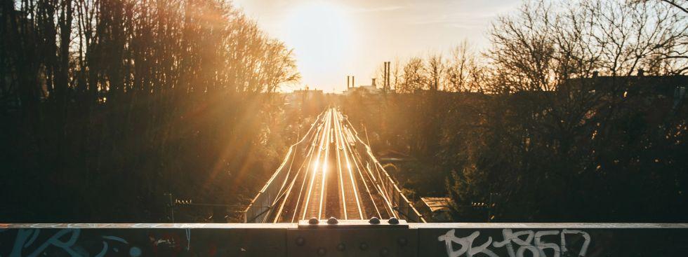 Schmederersteg bei Sonnenuntergang, Foto: Anette Göttlicher