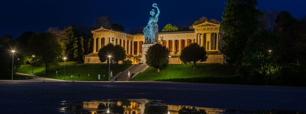 Bavaria bei Nacht, Foto: muenchen.de/ Michael Hofmann