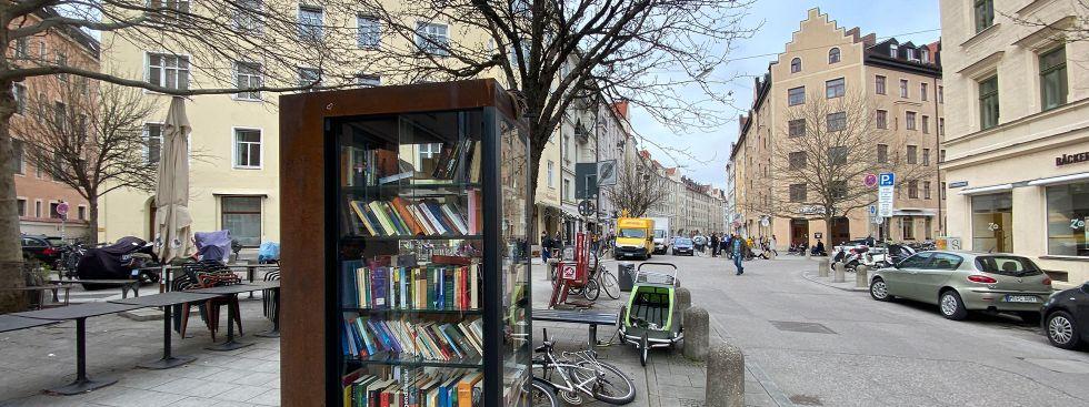 Bücherschrank im Dreimühlenviertel, Foto: Anette Göttlicher
