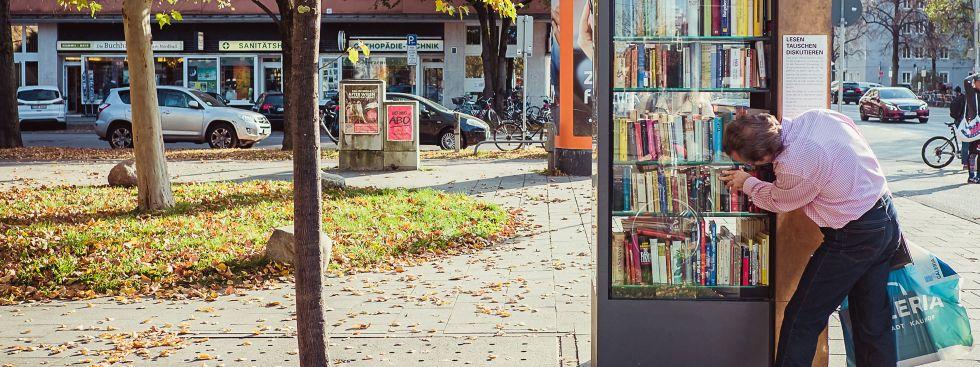 Bücherschrank am Nordbad, Foto: Anette Göttlicher