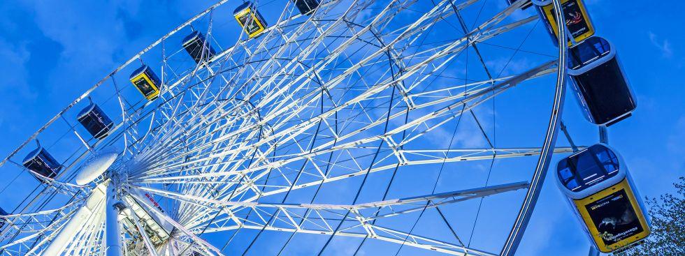 Riesenrad Hi Sky am Abend, Foto: muenchen.de/ Michael Hofmann