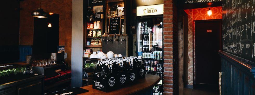 Bar Frisches Bier , Foto: Marie-Lyce Plaschka