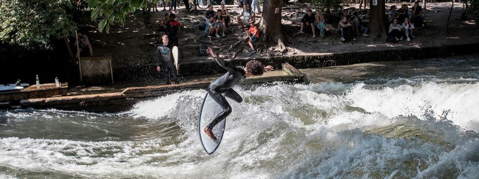 Eisbach-Surfer, Foto: muenchen.de/ Mónica Garduño