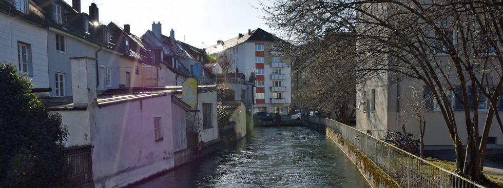 Der Auer Mühlbach an der Mondstraße in Untergiesing, Foto: muenchen.de/Mark Read