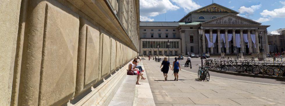 Max-Joseph-Platz in München, Foto: Katy Spichal