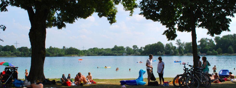 Lußsee Badesee München Wiese Schatten