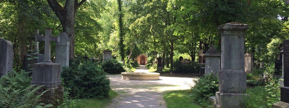 Alter Südlicher Friedhof im Sommer, Foto: muenchen.de / Melina Kobras