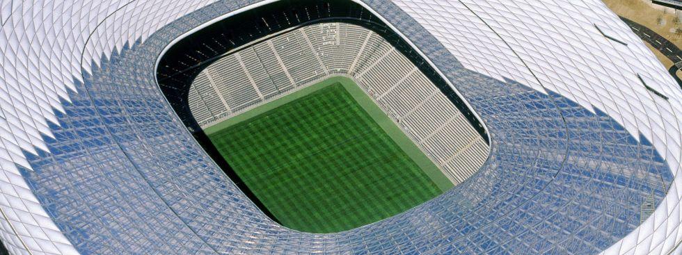 Raumschiff Fröttmaning: Die Arena München wurde 2005 eröffnet, erlebte 2006 mit der WM ihren ersten Höhepunkt., Foto: Allianz Arena/ B. Ducke