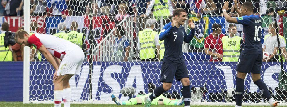 Jubel bei Antoine Griezmann und Kylian M'Bappé im WM-Finale 2018 Frankreich gegen Kroatien, Foto: imago images / ZUMA PRESS