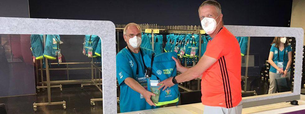 Neben einer kompletten Adidas-Ausstattung gibt es weitere Benefits für Volunteers., Foto: Anette Göttlicher