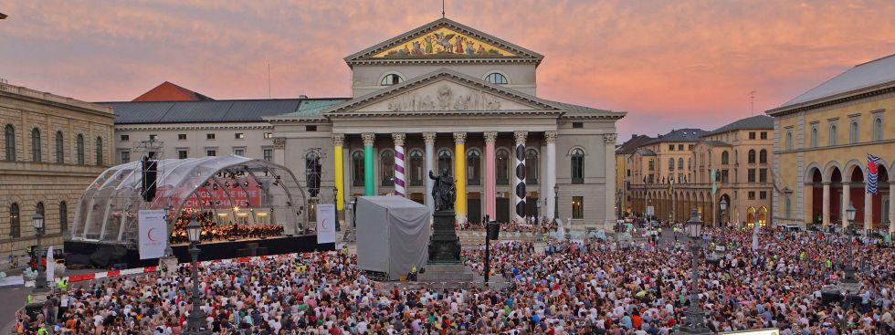 Oper für alle am Max-Joseph-Platz , Foto: Wilfried Hösl