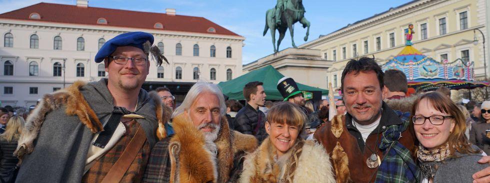 Leute bei St Patricks Day, Foto: muenchen.de/ Vauelle