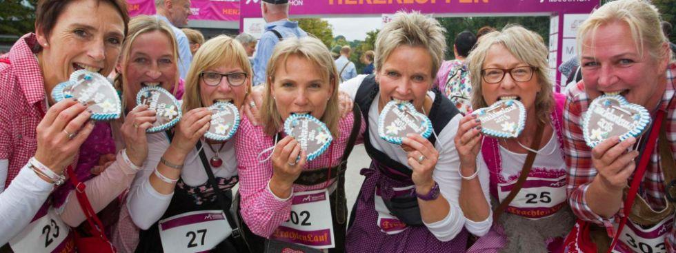 Frauen beim Trachtenlauf, Foto: München Marathon/Norbert Wilhelmi