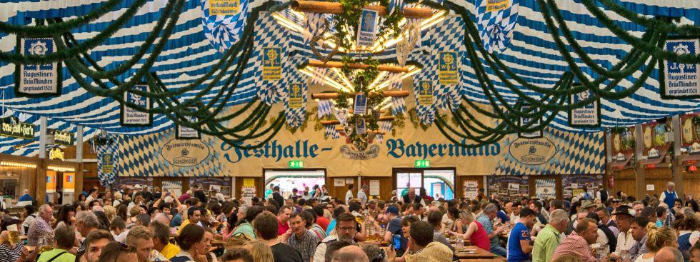 Frühlingsfest Festhalle Bayernland, Foto: muenchen.de / Lukas Fleischmann