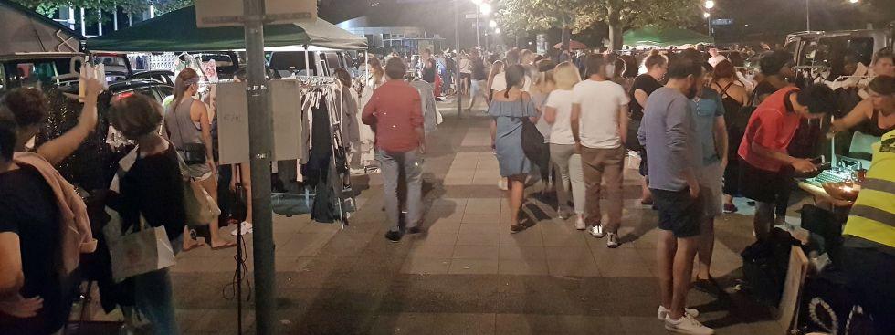 Nachtflohmarkt am Olympiasee, Foto: Viktoria Dietrich