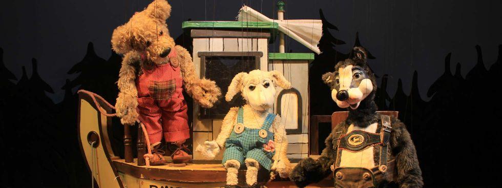 """Szene aus """"Die Abenteuer des kleinen Bären"""", Foto: Münchner Marionettentheater"""