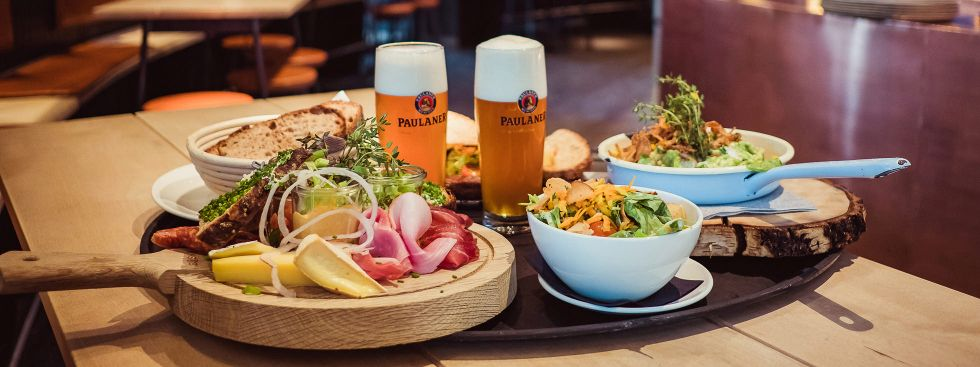 Essen bei der WirtshausWiesn 2020, Foto: Anette Göttlicher