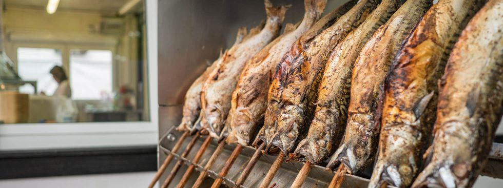 Steckerlfisch von der Fischer Vroni auf der Auer Dult , Foto: Anette Göttlicher