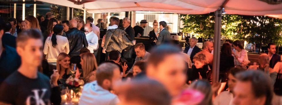 Terrasse der Herzog Bar, Foto: Herzog Bar