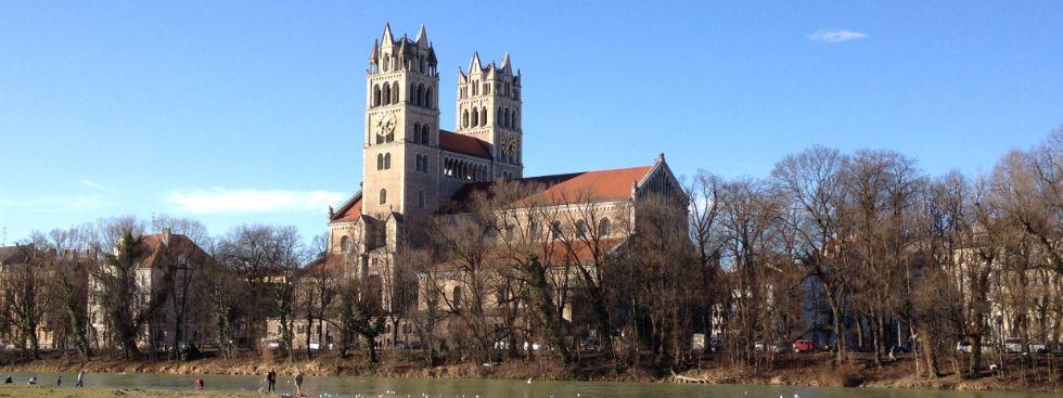 Die Kirche St. Maximilian in der Wintersonne, Foto: muenchen.de/Melina Pfeffer