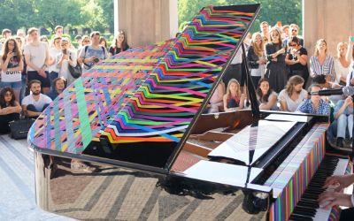 Konzert von Tom Odell im Dianatempel im Hofgarten