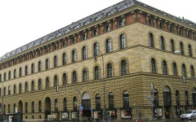 Hochschule für Politik