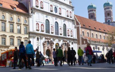 Neuhauser Einkaufsstrasse in der Münchner Altstadt