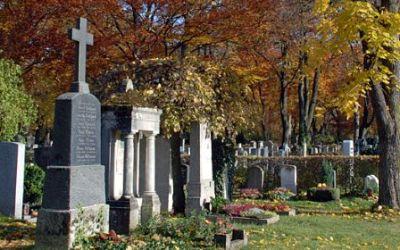 Gräber im Ostfriedhof