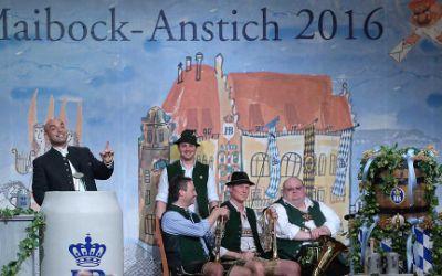 Der Maibockanstich 2016 mit Django Asül im Hofbräuhaus