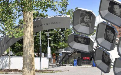 """Das Denkmal """"Für Euch"""" am Erinnerungsort vor dem OEZ"""