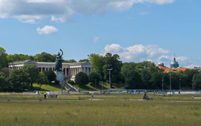 Theresienwiese im Sommer