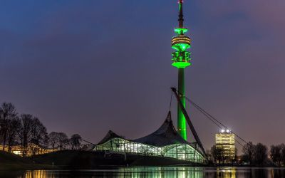 Olympiaturm - Greening zum St. Patrick's Day