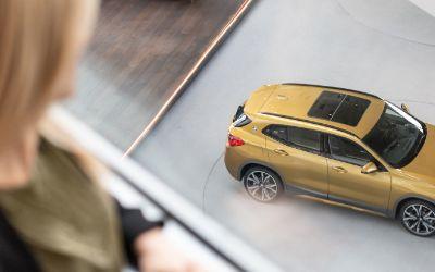 Automobilabholung in der BMW Welt