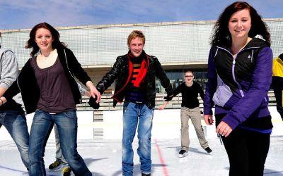 Eisläufer im Prinzregentenstadion.