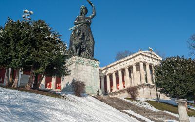 Die Bavaria im Winter