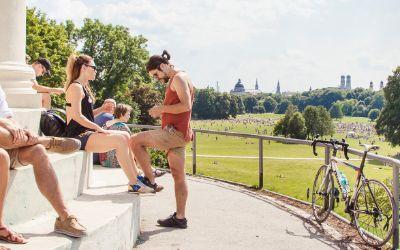 Sommer-Bilder 2017, Menschen, Monopteros, Englischer Garten
