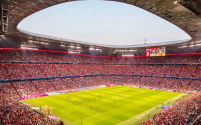 Fans bei einem Heimspiel des FC Bayern in der Allianz Arena