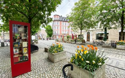 Öffentlicher Bücherschrank in Haidhausen