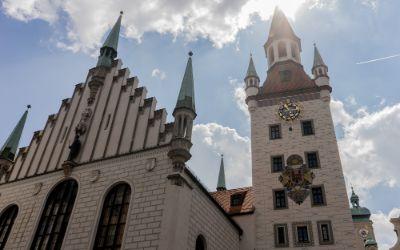 Das alte Rathaus und die Fußgängerzone