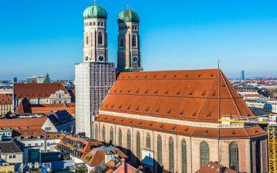 Frauenkirche vom Rathausturm aus gesehen