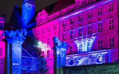 Adventbeleuchtung des Münchner Polizeipräsidiums