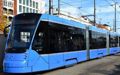 """Vorstellung des Trammodells """"Avenio"""" für den Nahverkehr München"""