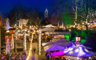 Blick auf den Schwabinger Weihnachtsmarkt