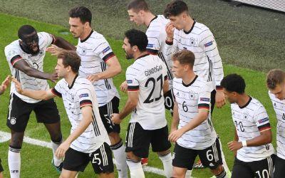 Torjubel des deutschen Teams nach einem Treffer gegen Portugal